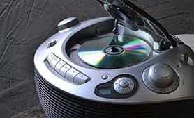 CDプレーヤーのおすすめ13選 コンポやポータブルなどを合わせて紹介
