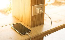 USB充電器のおすすめ11選 アンカーやエレコムなど人気メーカーも紹介