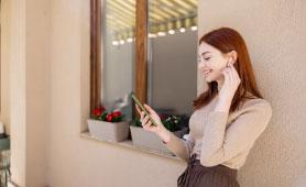 ハンズフリーイヤホンのおすすめ13選【2020】片耳で使える人気モデルも紹介