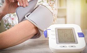 血圧計のおすすめ11選【2020】人気のオムロンやテルモなどの商品を紹介