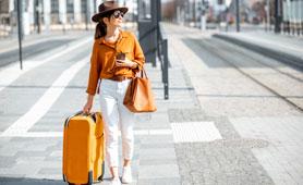 女性が使いやすいスーツケースのおすすめ17選 おしゃれなデザインや機能性モデルもラインナップ