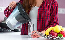 一人暮らし向け浄水器のおすすめ10選 蛇口やポットで飲み水を手軽に