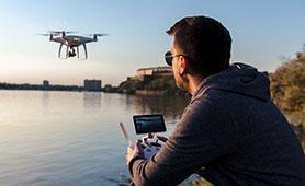 ドローンのおすすめ8選【2020】初心者でも空撮を楽しめる小型モデルもご紹介
