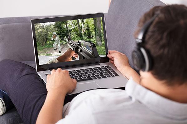ノートパソコンの選び方 ゲームや動画編集に重要なグラフィック性能