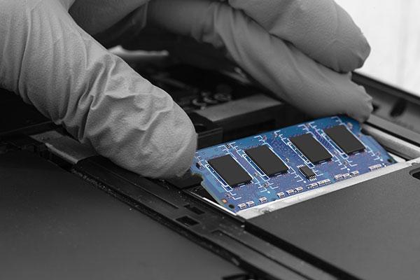 安いノートパソコンの選び方 メモリの容量をチェック