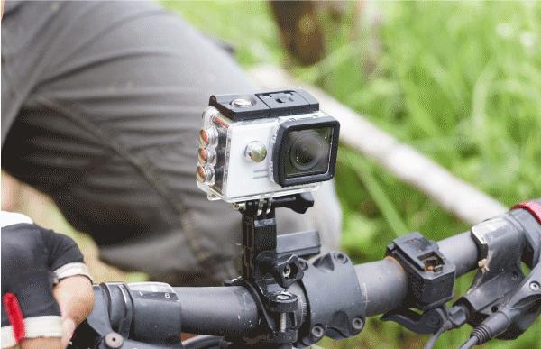 Vlog用カメラの選び方 特徴 迫力のある映像を撮るならアクションカメラ