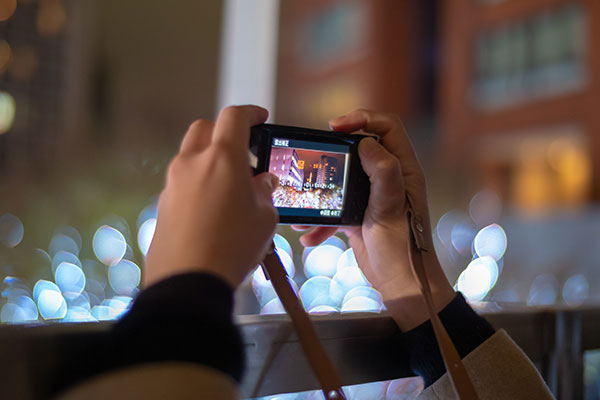 Vlog用カメラの選び方 特徴 携帯性重視のコンデジ