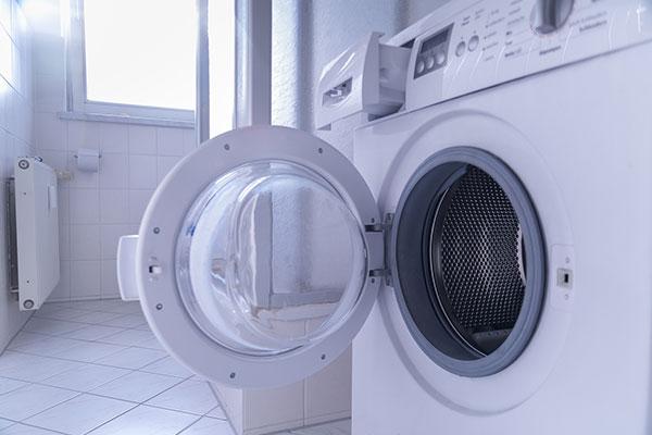 ドラム式洗濯機のおすすめ 扉を開くためのスペースも確保しよう