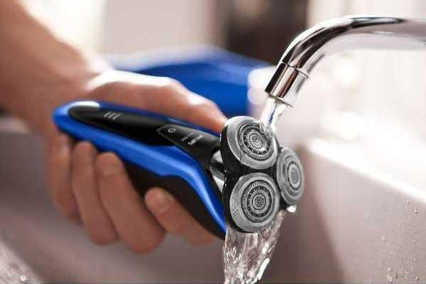 電気シェーバーの選び方 洗浄方法で選ぶ
