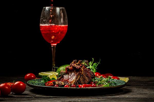 ワインの種類と特徴 赤ワインの特徴